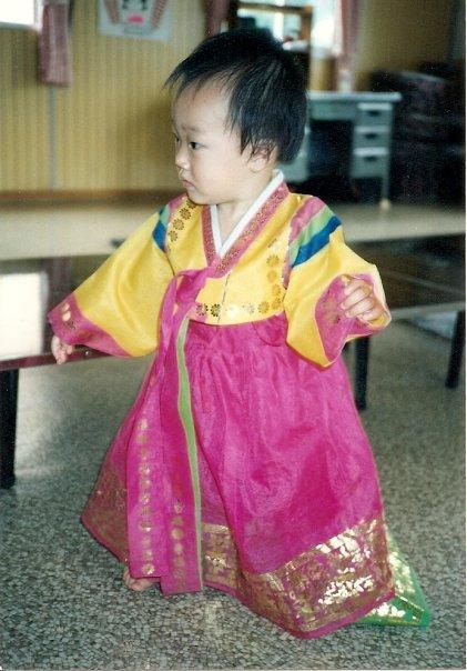 ak-hanbok-baby