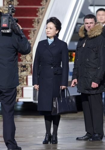 peng-liyuan-first-lady-fashion