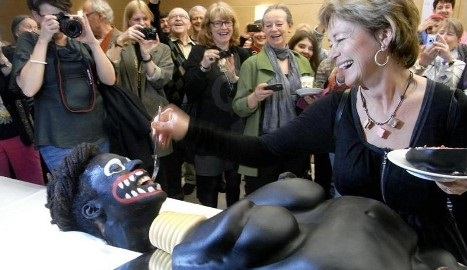 lena-adelsohn-liljeroth-racist-cake