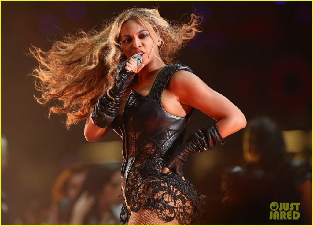 beyonce-concert-performance