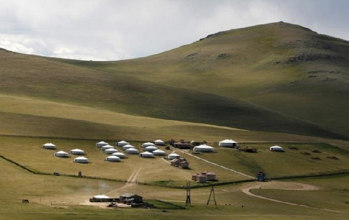 traveling-in-mongolia-tours