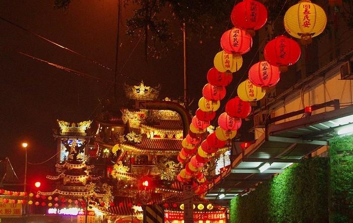 taiwan-lantern-festival-street-style
